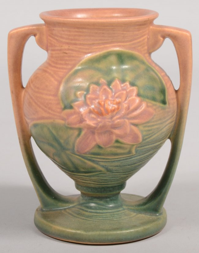 581 roseville art pottery vase in water lily pattern w for Pottery painting patterns