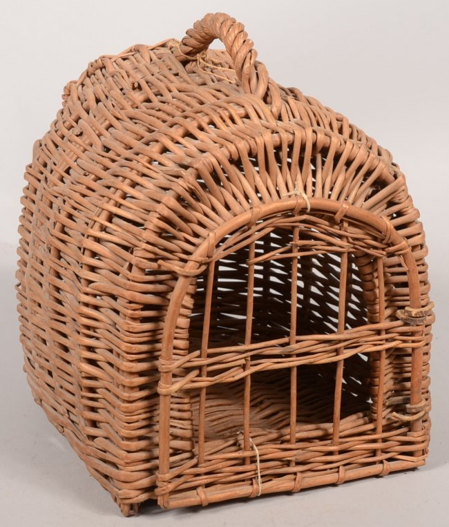 How To Weave A Cat Basket : Woven wicker cat carrier basket loaf shaped or demilun