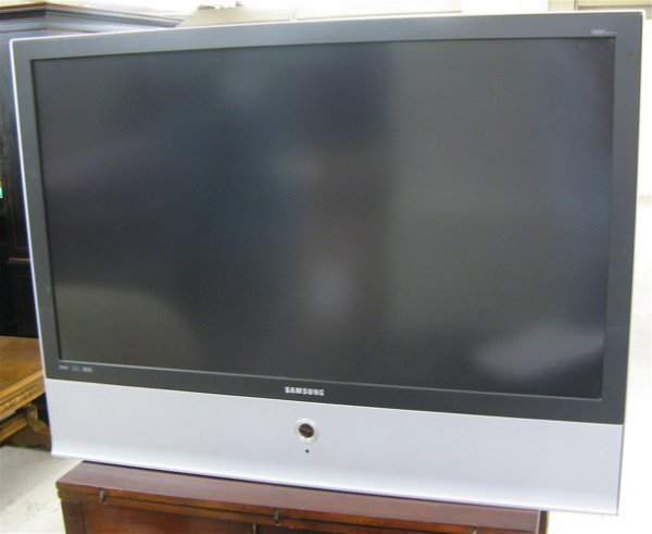 "347: SAMSUNG 46"" DLP REAR PROJECTION TV WITH REMOTE, m ..."
