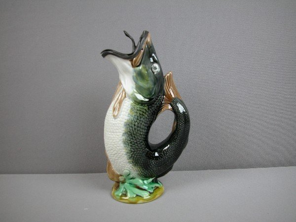 219 gurgling fish pitcher with unusual pewter top b lot 219 - Fish pitcher gurgle ...