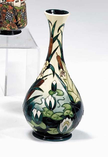 2255A Moorcroft 39 Lamia 39 Vase Design By Rachel Bishop