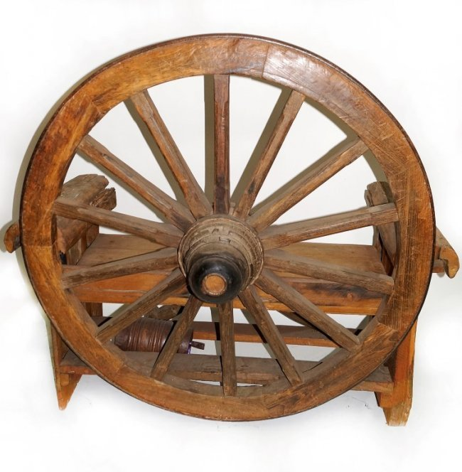 Wagon Wheel Bench Lot 5507