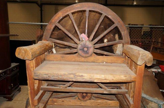 Wagon Wheel Bench Lot 6002