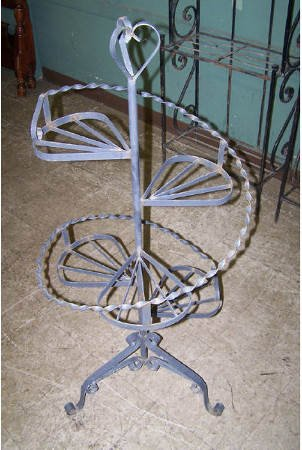 936 spiral staircase style wrought iron plant holder - Spiral staircase wrought iron ...