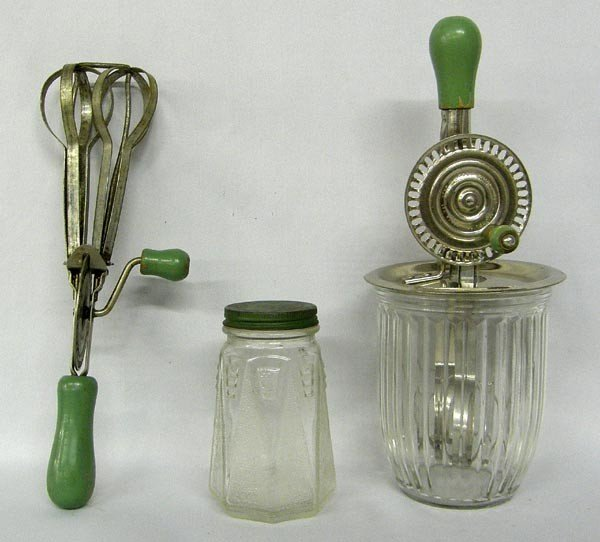 Decorating With Old Kitchen Utensils