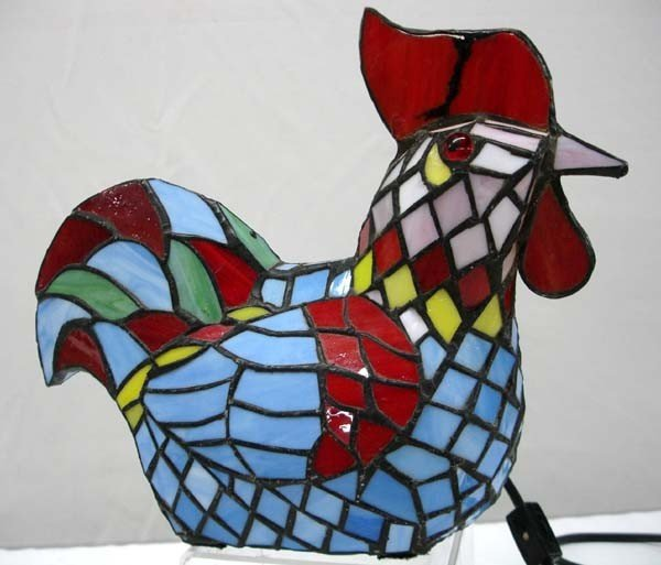 stained glass rooster lamp lot 1042. Black Bedroom Furniture Sets. Home Design Ideas