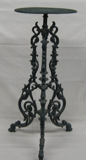 vintage cast iron garden plant stand mbpu lot 2014a. Black Bedroom Furniture Sets. Home Design Ideas