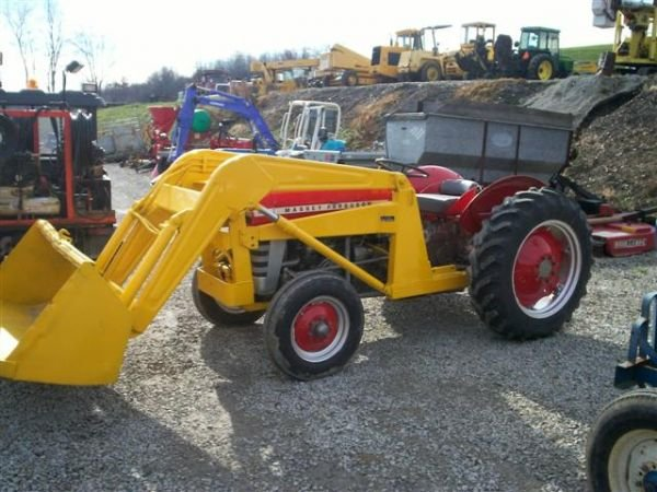 Massey Ferguson 135 With Loader : Nice massey ferguson utility tractor w loader lot