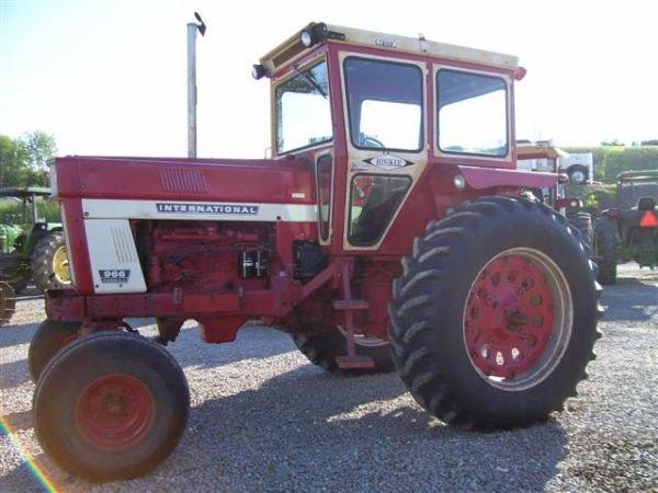 966 International Tractor : Nice ih farmall farm tractor w cab heat lot
