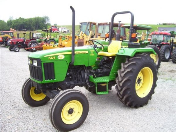 John Deere 5403 Tractor 4x4 : John deere farm tractor only hours lot