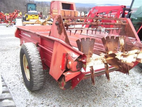 Ih Manure Spreader : Nice international manure spreader lot