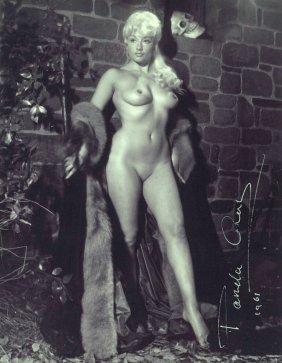 1473: British Actress PAMELA GREEN - Nude Photo Signed