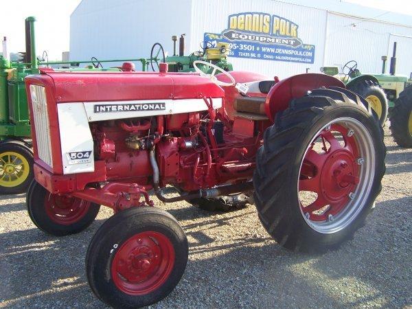 International 504 Tractor : International hi clear gas tractor lot