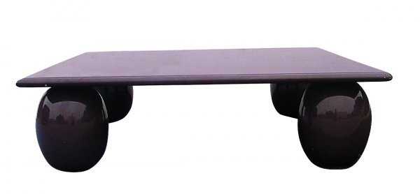 260 italian memphis coffee table in purple lacquer lot 260 for Purple coffee table