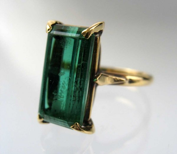 187 18k gold green tourmaline ring emerald cut tourma