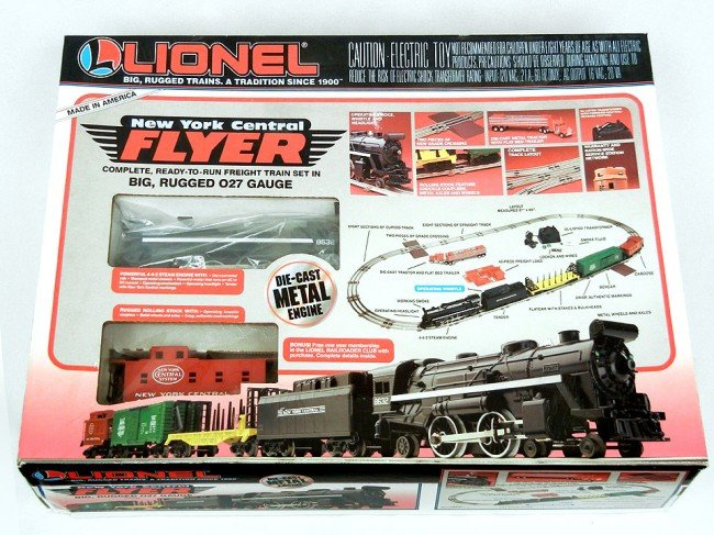 Lionel new york central flyer freight train