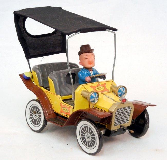 hubley mr magoo battery operated car marked japan on lot 92. Black Bedroom Furniture Sets. Home Design Ideas