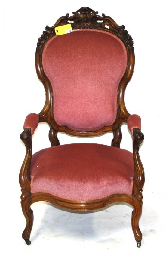 372 VICTORIAN PARLOR CHAIR Lot 372