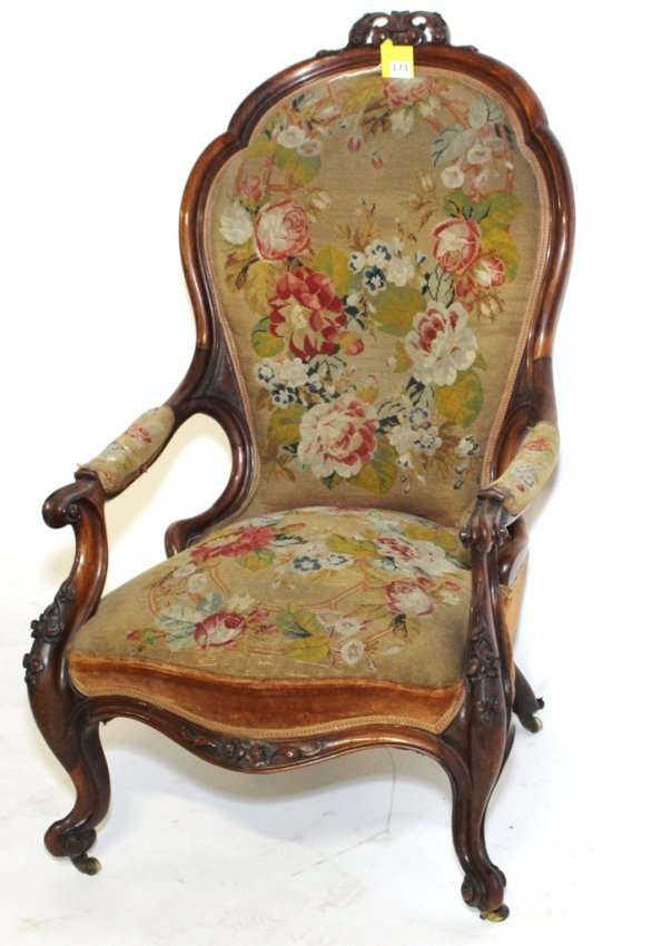 VICTORIAN PARLOR CHAIR Lot 173