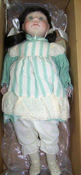 Doll - VISA LEE Middleton : Lot 2088