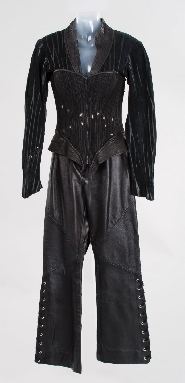 Kelly Hu Lady Deathstrike costume from X2 : Lot 1135