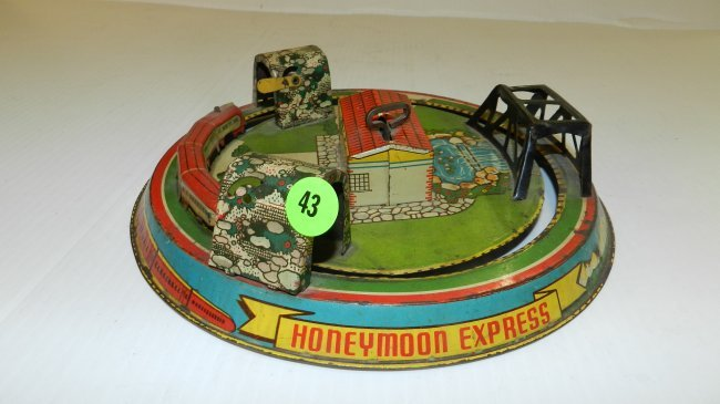 Toys For The Honeymoon : Antique tin litho wind up honeymoon express toy train lot